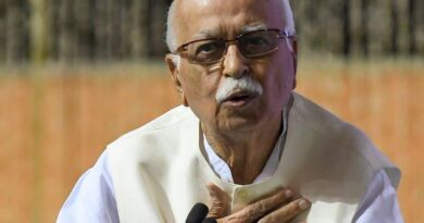 Advani to show up