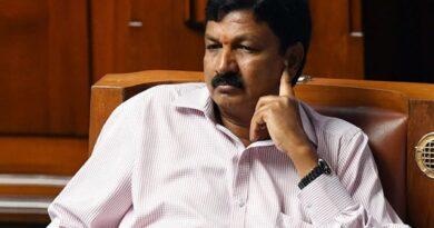 Minister Ramesh Jarkiholi resigns